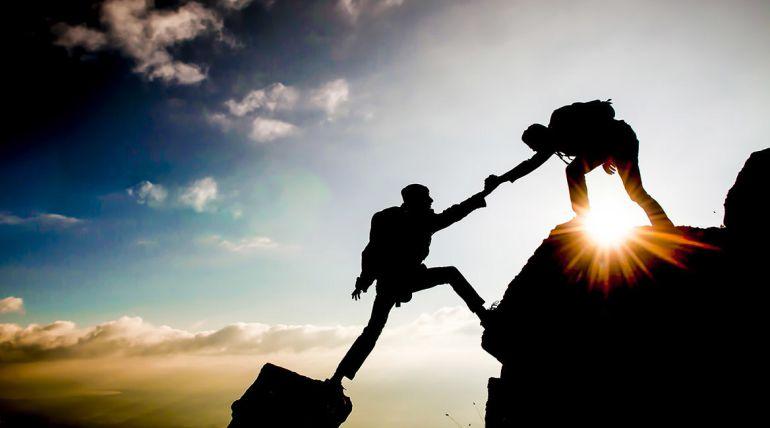 ¿Cómo la generosidad ayuda a las empresas/ o al ambiente laboral?